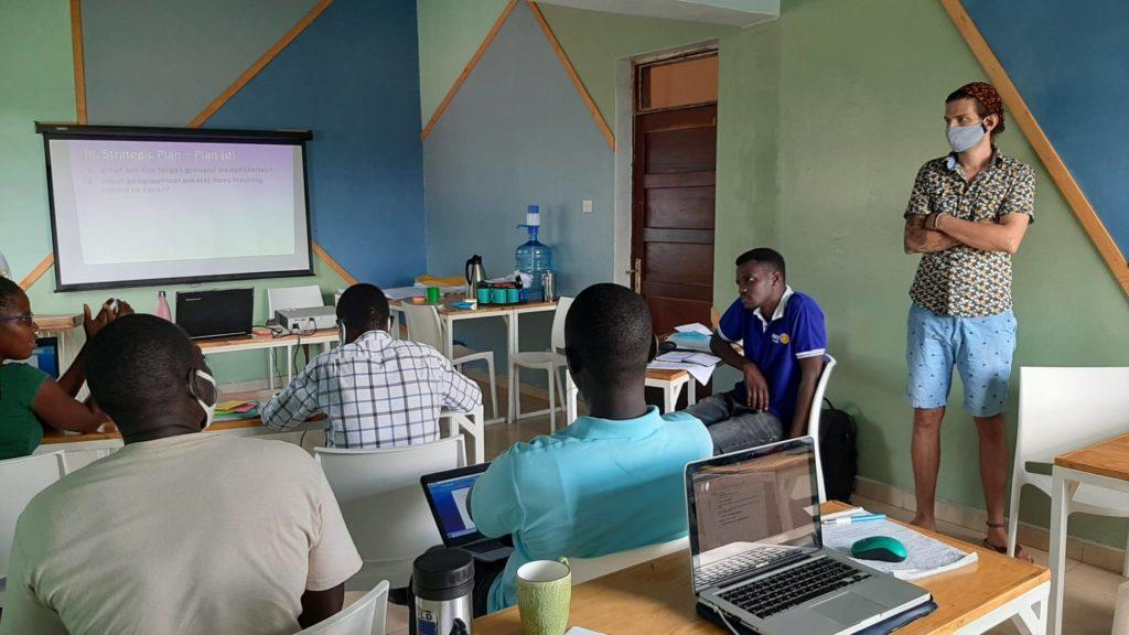 Les premières semaines de Bastian en Ouganda 🇺🇬 5
